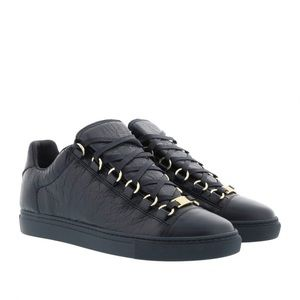 Balenciaga Arena Low Classic Sneakers